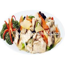 Kuře s bambusem a houbami